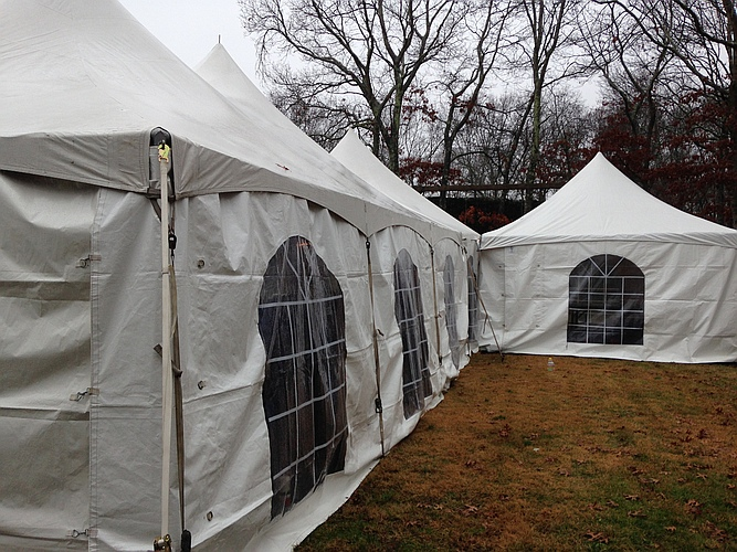Tent Gallery-Tent Pictures LI, Pole Tents, Frame Tents, Tent